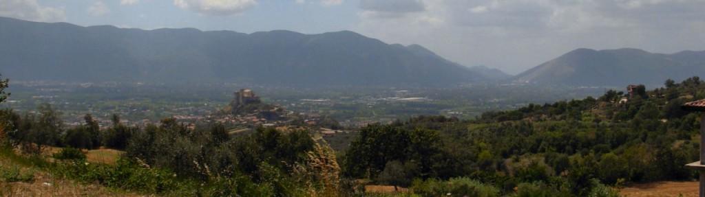 cropped-valle_caudina_vista_dal_taburno.jpg